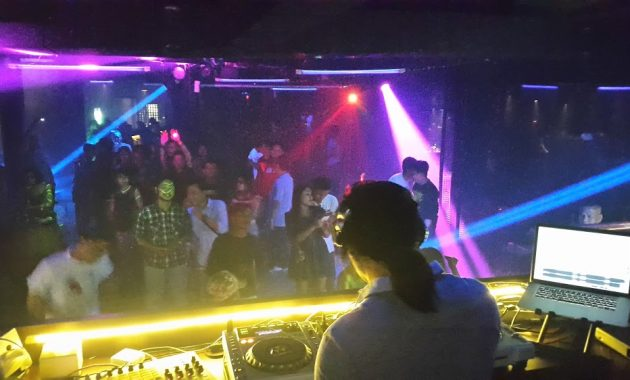 Bunker Club Karaoke Bandung